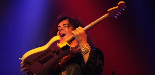 Famous Rock Guitarist comes to rock guitarists