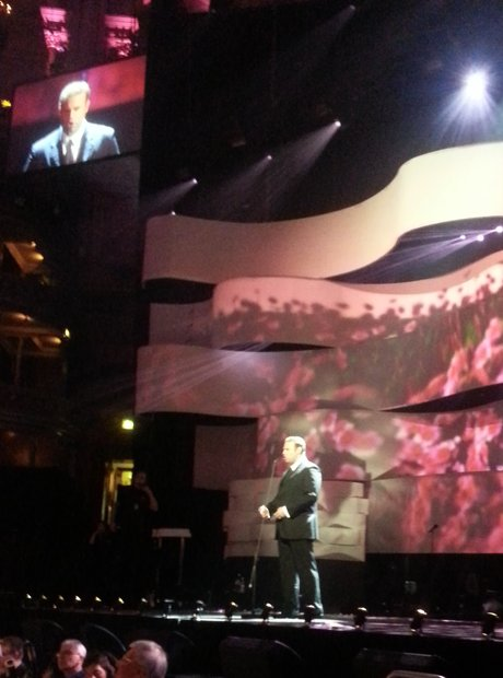 Joseph Calleja rehearses on stage