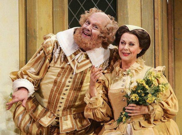 Falstaff Verdi Yvonne Kenny Stephen Richardson Sydney Opera