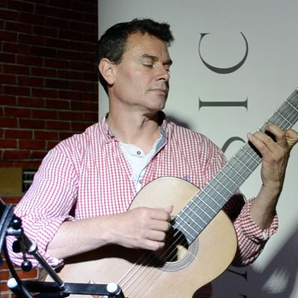 Craig Ogden plays 'Sevilla' exclusively for Classi