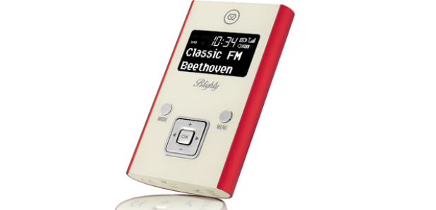 VQ portable DAB digital radio